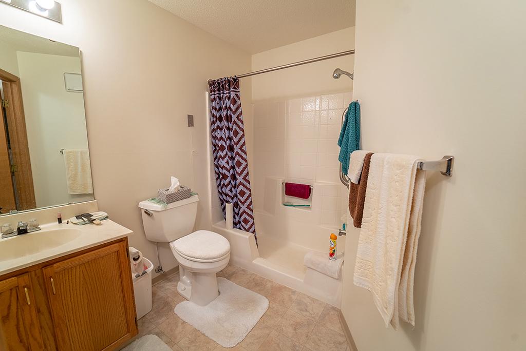 Northview Manor floor plan A Bathroom